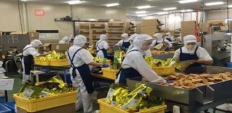 Tuyển 24 nữ chế biến thực phẩm trong siêu thị. Lương 34 triệu đồng/tháng