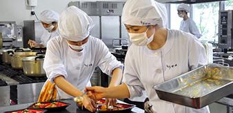 Thông báo tuyển Thực tập sinh ngành CNTP: Chế biến cơm hộp làm việc tại Nhật Bản tháng 11/2018